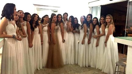 debutante e suas 15 damas